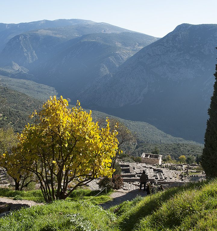 Delphi, Parnassos, the secrets of these holy places.  Δελφοί, Παρνασσός τα μυστικά τους