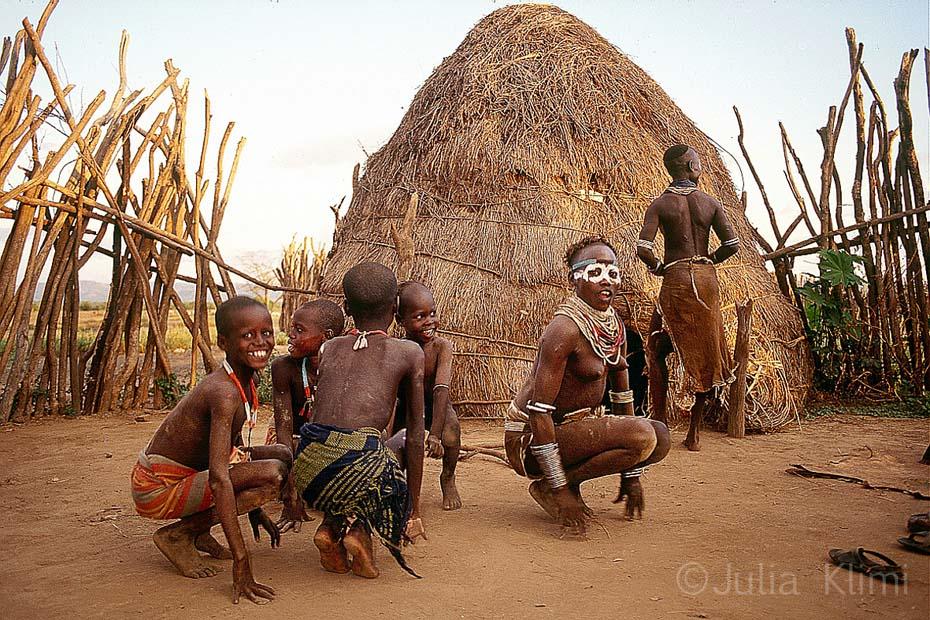 02karo tribe052_0001