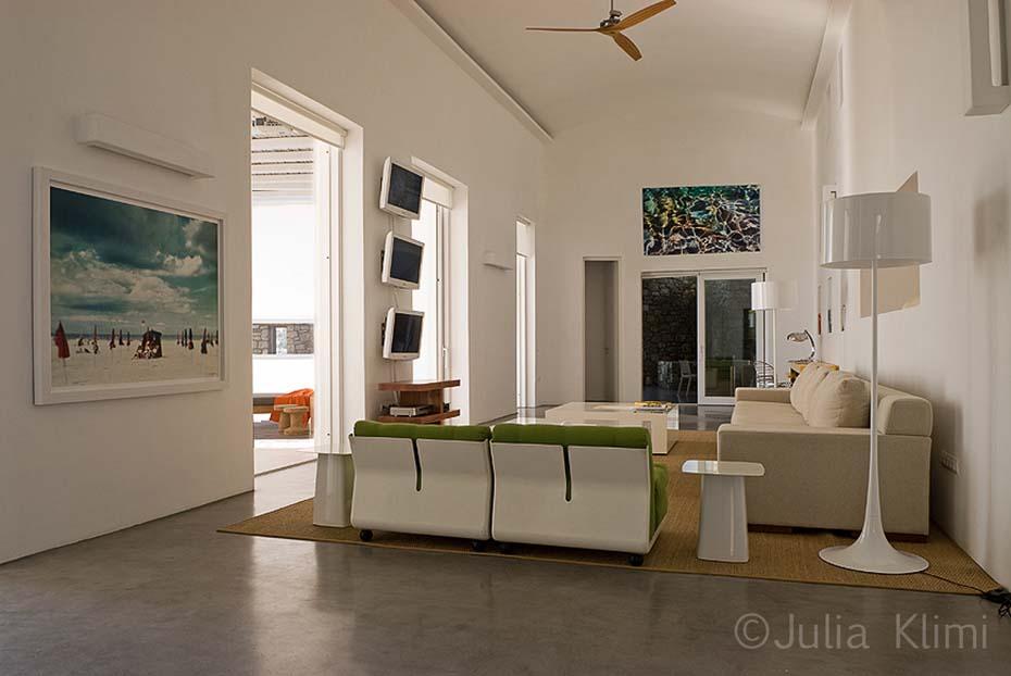 03DSC_0487a Modern living room