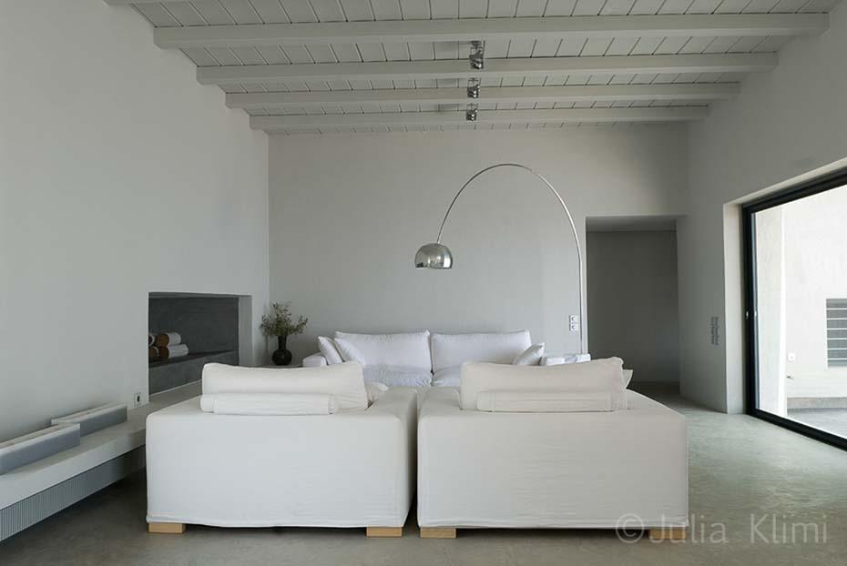 08DSC_4976 Modern white-grey living