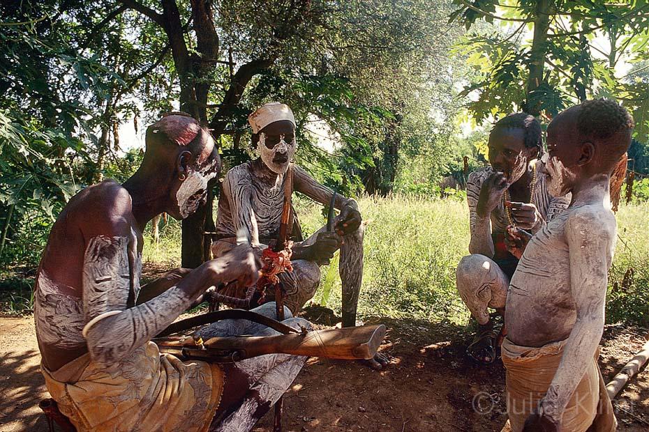 karo tribe057_0001