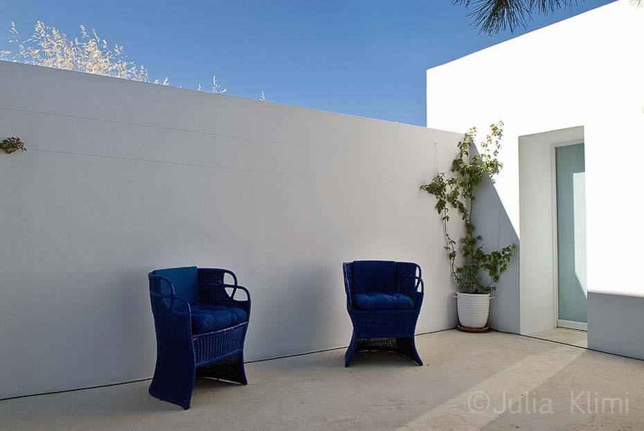15DSC_5494 Bedrooms patio